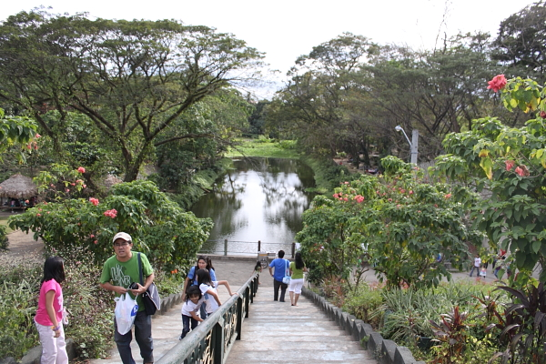 La mesa ecopark a public park inside an ecological nature - La mesa eco park swimming pool photos ...