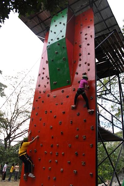 La Mesa Eco-Park wal climb