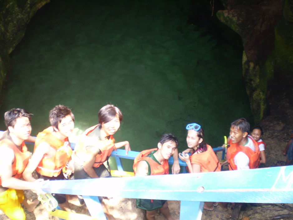 Us going inside the cave to jump to the water below