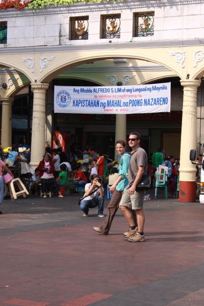 Two foreigners in Quiapo