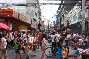 Busy street in Quiapo