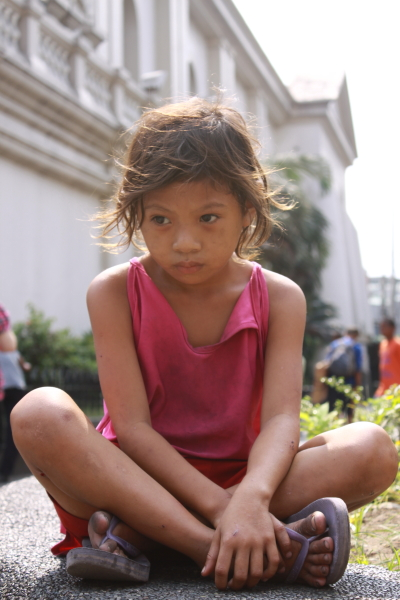 A kid in Sta. Cruz Church