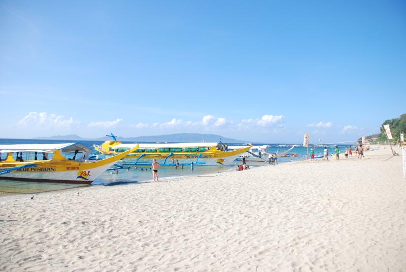 White Beach in Barangay San Isidro, Puerto Galera