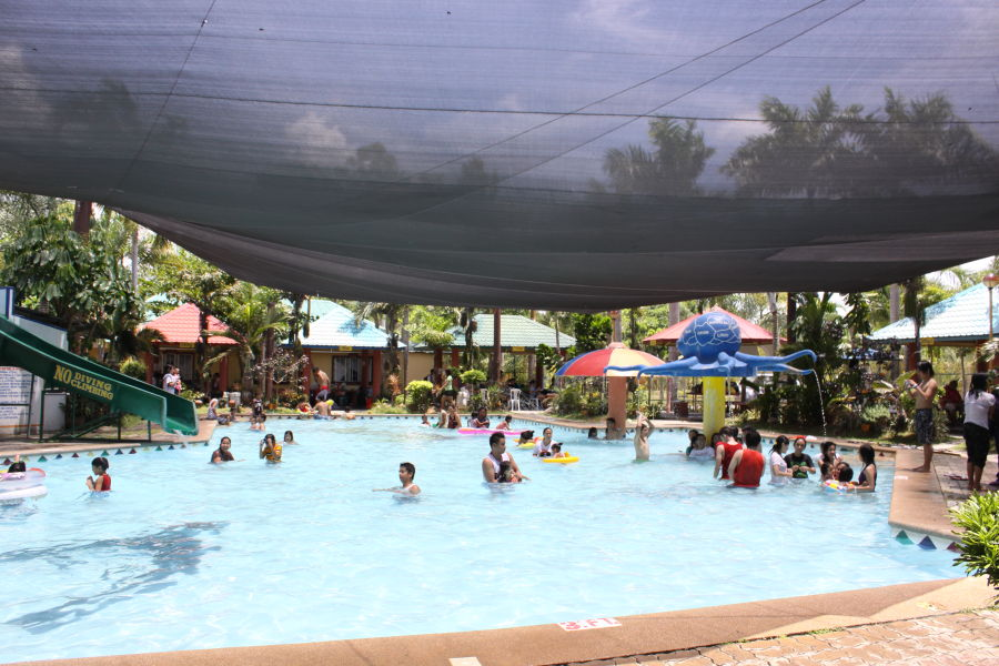 La Vista Balanga pool