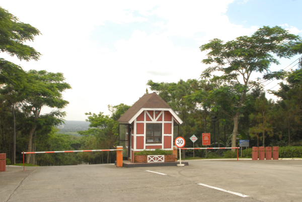 Entrance of Crosswinds Swiss Luxury Resort where Crosswinds Resorts Suites is located