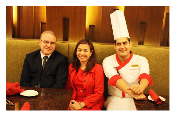 Mr Christopher Park,Shiela Selga,Roger Perez Gonzalez