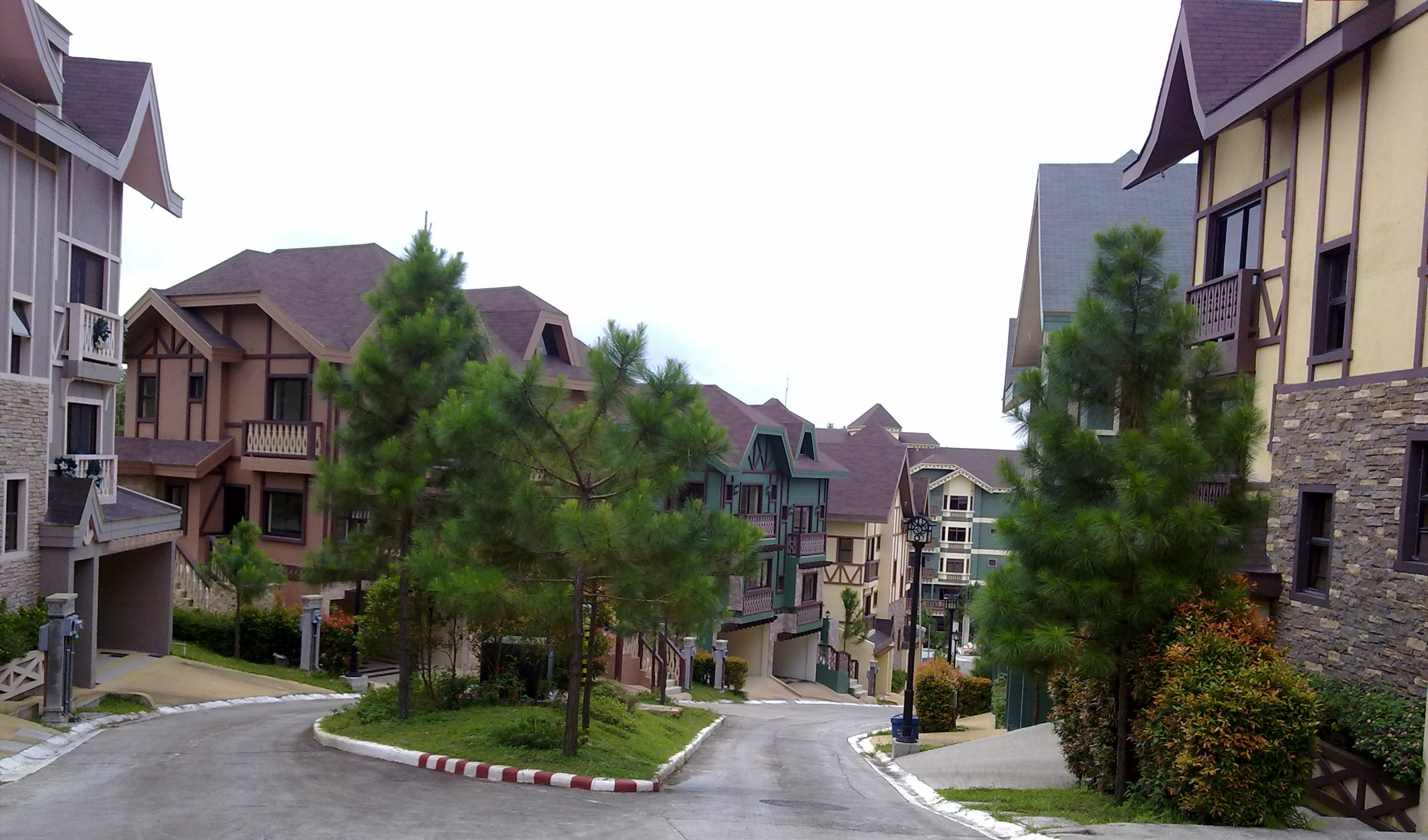 Crosswinds swiss luxury resort picturesque pine haven for Crosswinds homes