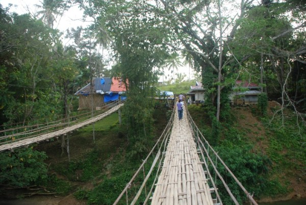 Calinga-an end of Sipatan Hanging Bridge