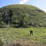 Scaling Chocolate Hills Bohol