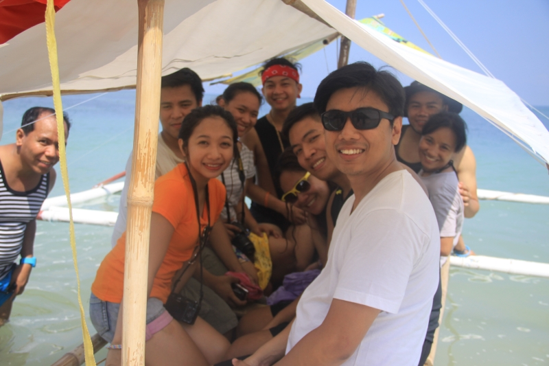 boat-to-sand-bar-near-burot-beach