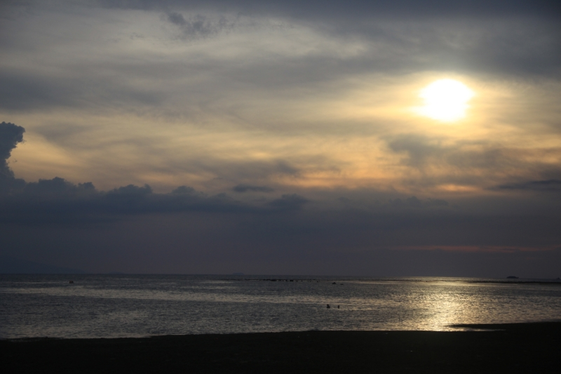 sun-setting-burot-beach-calatagan
