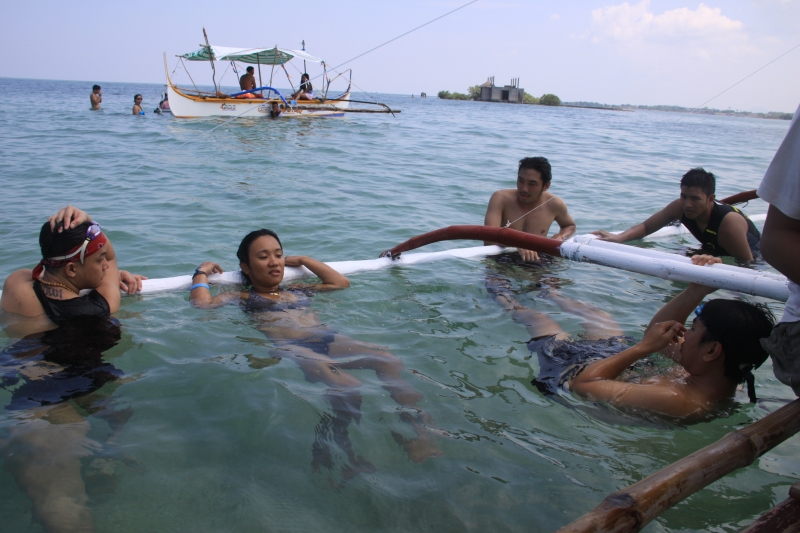 swimming-at-the-supposed-sand-bar-near-burot-beach