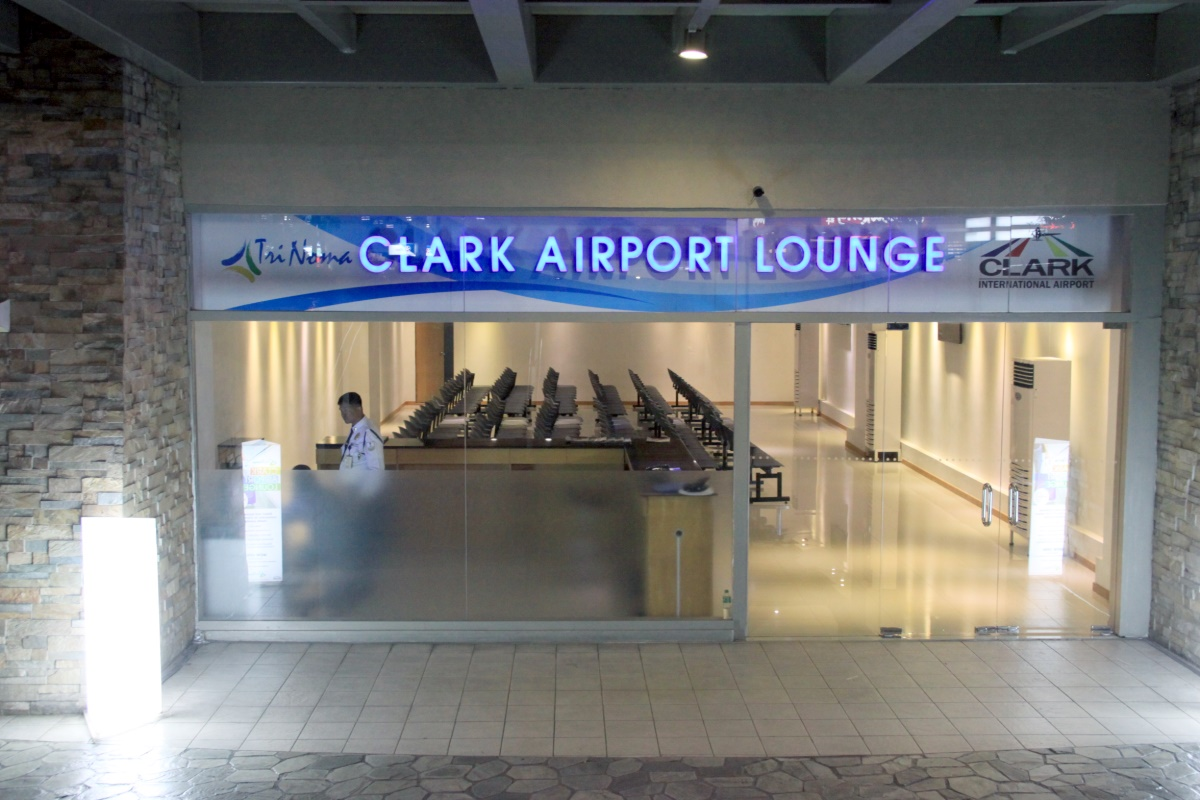 TriNoma-Clark Airport Lounge