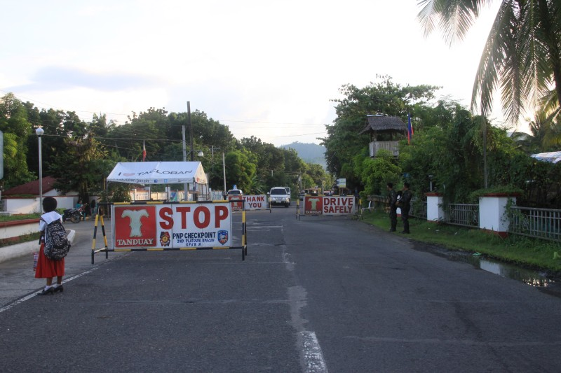 San Juanico Bridge PNP checkpoint in Leyte