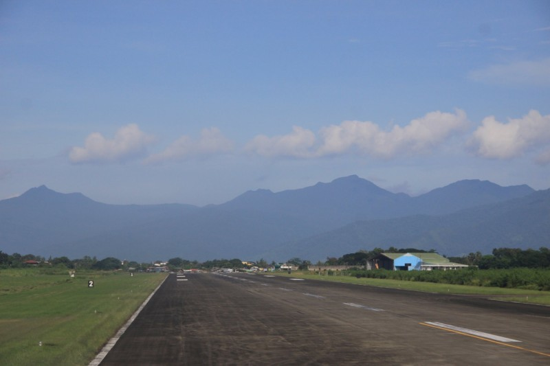 Puerto Princesa International Airport runway